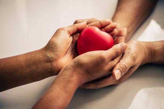 bigstock Helping Hand Of Heart Donor Fo 312048634 e1586381310730